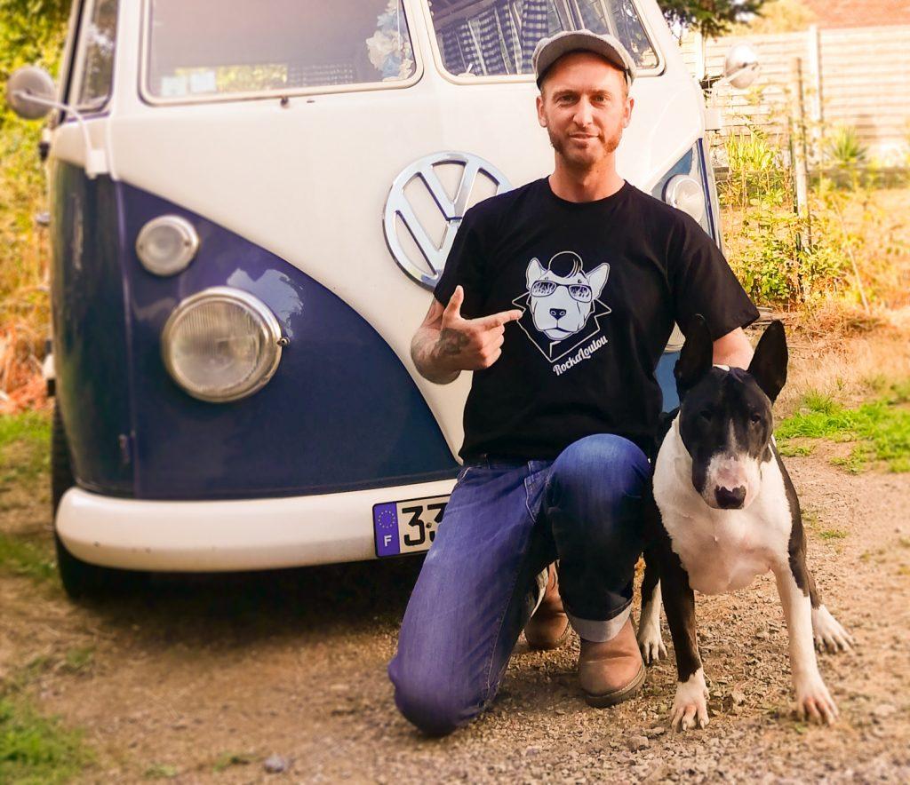 Créateur de Rockaloulou et son Bull Terrier